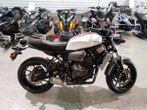 2018 Yamaha XSR700 Photo 2 of 9