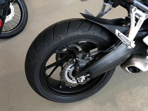 2018 Honda CB650F Photo 5 of 9
