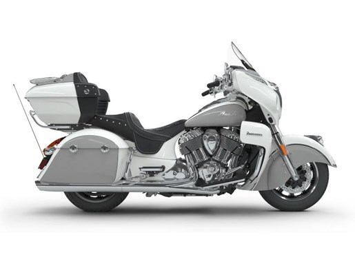 2018 Indian Motorcycle® Roadmaster® ABS Pearl White over Star Si Photo 1 of 9