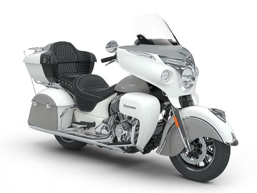 2018 Indian Motorcycle® Roadmaster® ABS Pearl White over Star Si Photo 2 of 9
