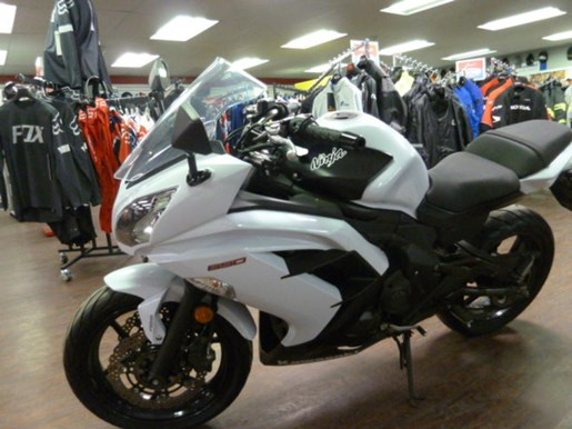 2013 Kawasaki Ninja® 650 ABS Photo 3 of 7