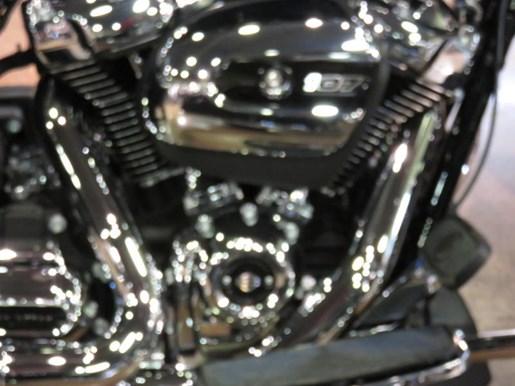 2019 Harley-Davidson FLHR - Road King® Photo 2 of 10
