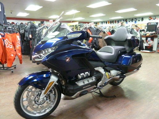 2019 Honda Gold Wing Tour DCT ABS Photo 6 of 8