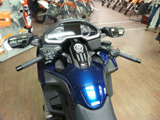 2019 Honda Gold Wing Tour DCT ABS Photo 8 of 8