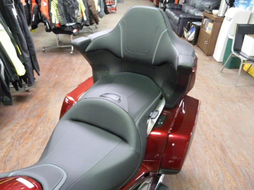 2019 Honda Gold Wing Tour DCT Airbag ABS Photo 8 of 8