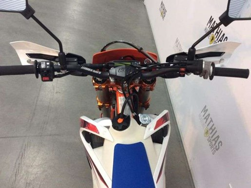 2018 KTM 450 EXC-F SIX DAYS / 35$/sem Photo 9 sur 10
