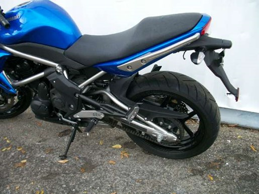 kawasaki er 6n 2009 used motorcycle for sale in toronto ontario. Black Bedroom Furniture Sets. Home Design Ideas