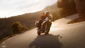 2017 BMW S 1000 XR Review 2 up