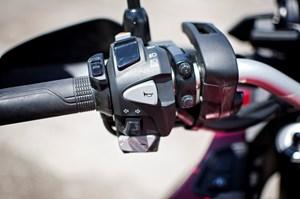 2017 Honda VFR1200X Review Left handlebar controls