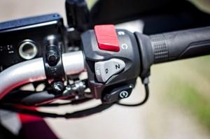 2017 Honda VFR1200X Review right handlebar controls