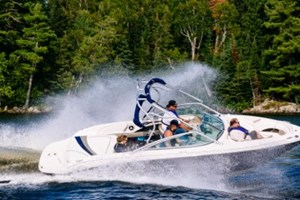 229A8650-5-Sea Ray 220 Sundeck-Lake of the Woods-Kenora-Virgil Knapp