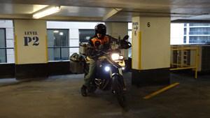 bmw f800gsa garage