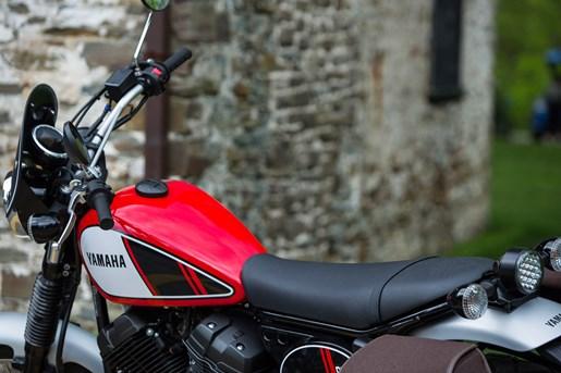 2017 Yamaha SCR950 Sport Heritage Review - Virgil Knapp HANDLEBARS and SEAT