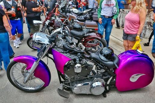 rally pink bike