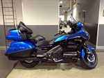 Honda Gold Wing ABS Ultra Blue Metallic / Black 2017