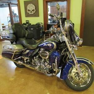 2016 Harley-Davidson FLHTKSE - CVO™ Limited
