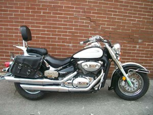 Suzuki Intruder Volusia 2001