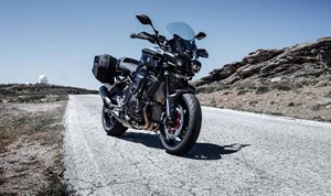 Yamaha FZ-10 Matte Dark Metallic Grey with Black 2017