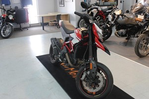 Ducati Hypermotard SP White / Red 2015