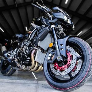 Yamaha FZ-10 Matte Dark Metallic Grey with Black 2017