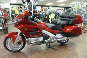 Honda Gold Wing Candy Red 2017