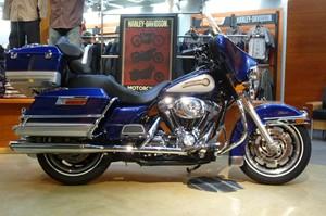 Harley Davidson FLHTC 2006
