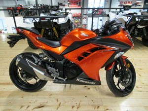 Kawasaki Ninja 300 ABS Candy Burnt Orange 2016