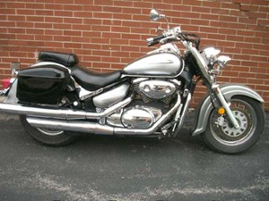 Suzuki Intruder Volusia 2002