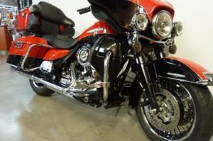 Harley-Davidson FLHTK Electra Glide Limited 2010