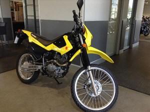 Suzuki DR200S - Yellow 2017