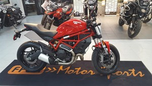 Ducati Monster 797 Ducati Red 2017