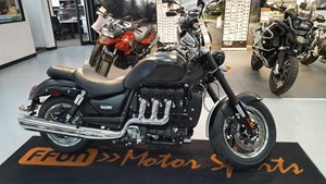 Triumph Rocket III Roadster Phantom Black 2017