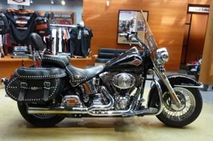 Harley-Davidson FLSTC Heritage Softail 2001