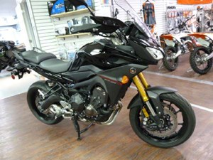 Yamaha FJ-09 Metallic Black 2016