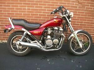 Honda CB550 Nighthawk 1984