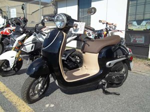 Honda Giorno Black Metallic 2016