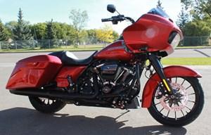 Harley-Davidson FLTRXS - Road Glide® Special 2018