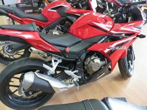 Honda CBR500R Millennium Red 2017