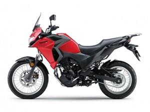 KAWASAKI VERSYS X 300 ABS RED / 21$/sem 2018