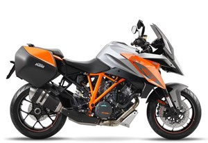 KTM 1290 SUPER DUKE GT ORANGE / 45$/sem garantie 2 ans 2017