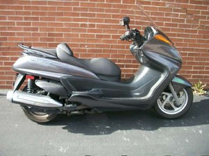 Yamaha Majesty 2005