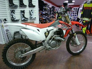 2016 Honda CRF450R Photo 2 of 8