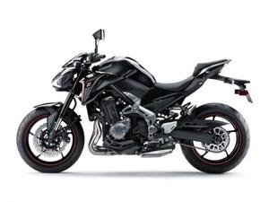 Kawasaki Z900 BLACK / 22$/sem 2018