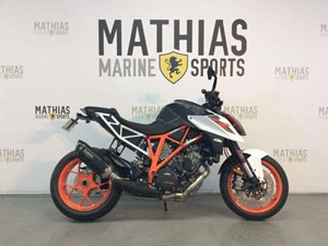 Ktm 1290 SUPER DUKE R 1 WHITE / 45$/sem 2017