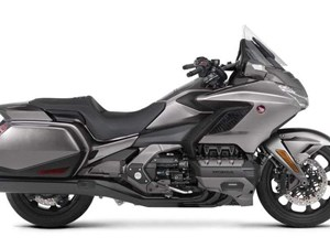 Honda GOLDWING ABS / 71$/sem 2018