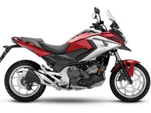 Honda NC750XA STANDARD / 36$/sem 2018