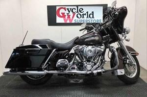 Harley-Davidson FLHTC/FLHTCI Electra Glide® Classic 2005