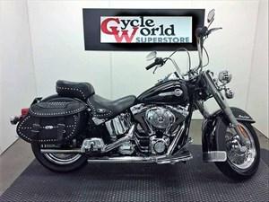 Harley-Davidson FLSTC - Heritage Softail® Classic 2004