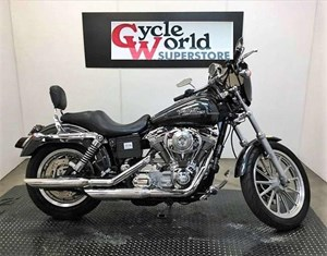 Harley-Davidson FXDC/FXDCI Dyna Super Glide® Custom 2005