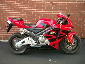 Honda CBR®600RR 2006